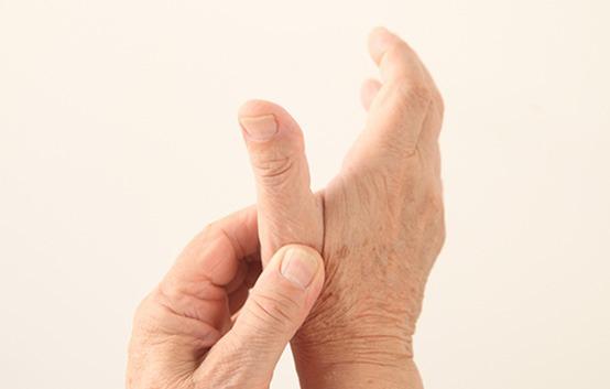 Αρθρίτιδα της βασικής άρθρωσης του αντίχειρα
